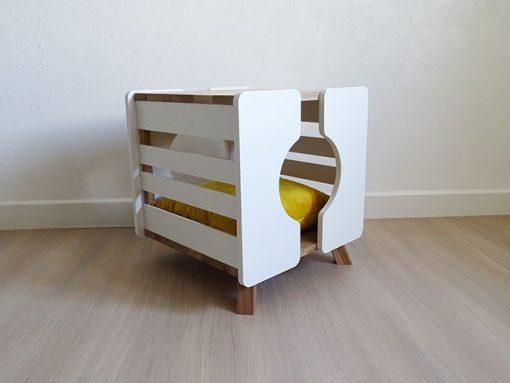 Cube blanc pour chat