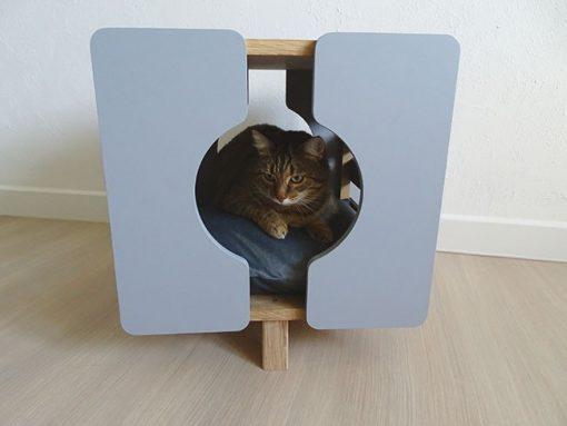 Cube gris pour chat